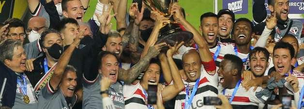 São Paulo bate o Palmeiras por 2 a 0 e é campeão paulista