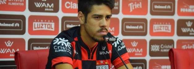 Victor Paraíba quer crescimento do Atlético-GO na sequência da temporada