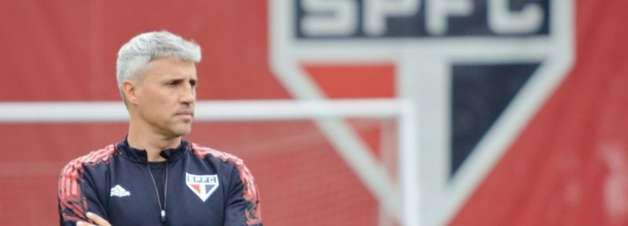 São Paulo treina na Barra Funda e faz ajustes finais para seu primeiro clássico no Campeonato Brasileiro
