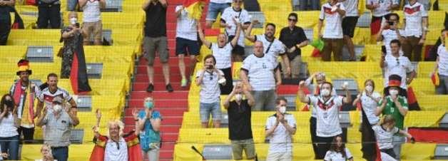 Alemanha vira, vence 1ª na Euro e complica vida de Portugal