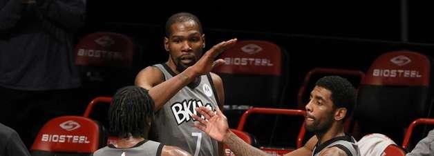 """Para Bosh, trio de astros do Nets venceria """"Big Three"""" do Heat"""