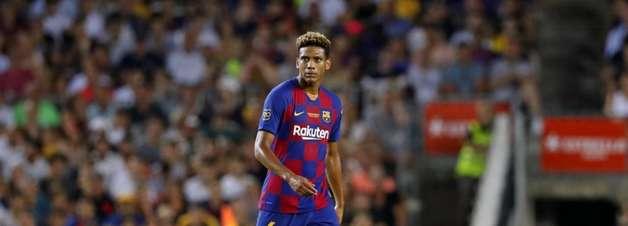 Barcelona acerta venda do zagueiro Todibo para clube francês