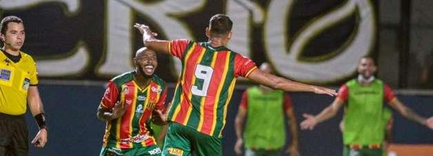 Sampaio Corrêa recebe o Londrina para seguir na briga pela liderança da Série B