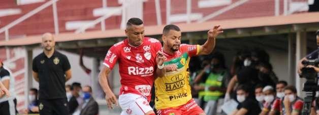 Brusque vence Vila Nova fora de casa e já sonha com G4 da Série B