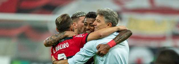 Renato Gaúcho elogia elenco e vibra com nova goleada do Flamengo: 'Dá tranquilidade para trabalhar'