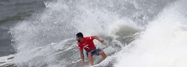 Ítalo Ferreira supera Owen Wright e avança à final do Surfe