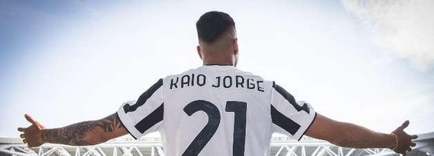 Ex-Santos, Kaio Jorge sofre lesão em treinamento da Juventus