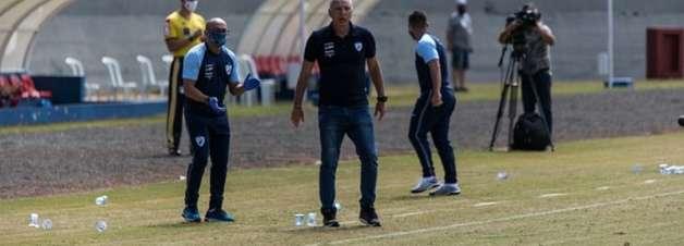 Márcio Fernandes exalta vitória contra o Vasco e vê Londrina em evolução