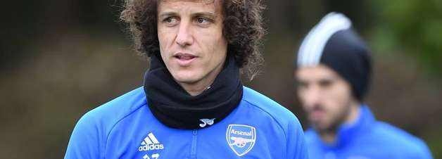 Duilio descarta chance de Corinthians contratar David Luiz