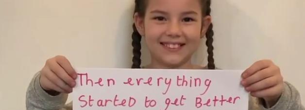 A história desta garota é um alerta sobre bullying infantil e suicídio