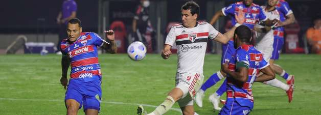 São Paulo e Fortaleza ficam no 2 a 2 na ida da quartas