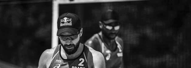 Bruno Schmidt e Evandro desfazem dupla após Olimpíadas