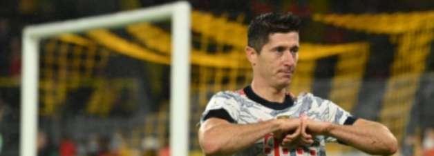 Imparável! Lewandowski marca três em goleada do Bayern sobre o Hertha; veja gols