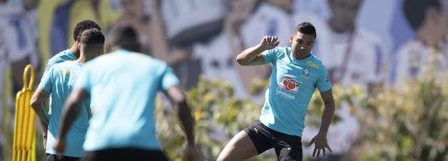 Capitão do Brasil, Casemiro elogia meio campo da Seleção