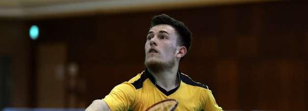 Victor Gonçalves é derrotado na semifinal do badminton e vai lutar pelo bronze nas Paralimpíadas