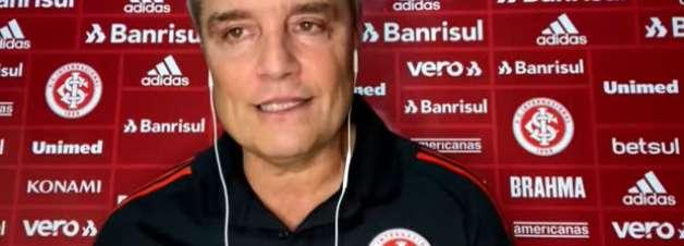 """INTERNACIONAL: Aguirre destaca qualidade de Bruno Méndez e não o vê jogando de lateral: """"Pode jogar, mas ele é zagueiro"""""""