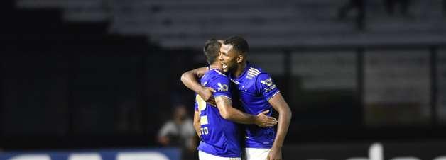 Em jogo com polêmica do VAR, Vasco e Cruzeiro empatam no Rio