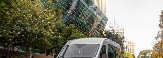 Ford Transit estreia em outubro no país com motor de 170 cv