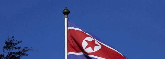 """Coreia do Norte lança míssil e acusa EUA de """"dois pesos e duas medidas"""""""