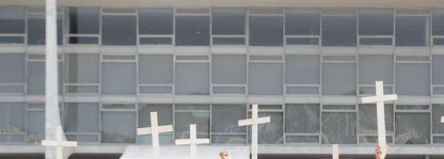 Brasil ultrapassa marca de 605 mil mortes por covid