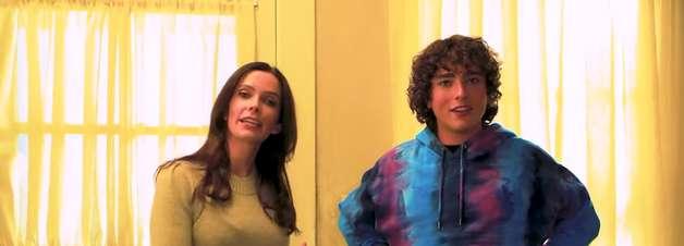 """Superman & Lois"" mostra tour pela casa da família Kent"