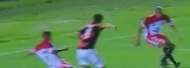 Especialista! Atacante marca segundo gol de letra na Copinha