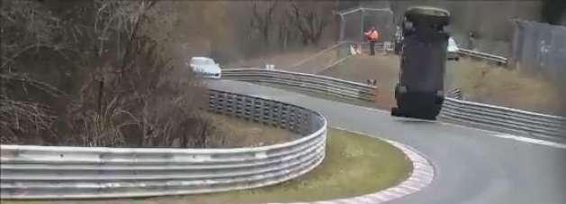 Veja imagens de acidente que matou espectador na Alemanha