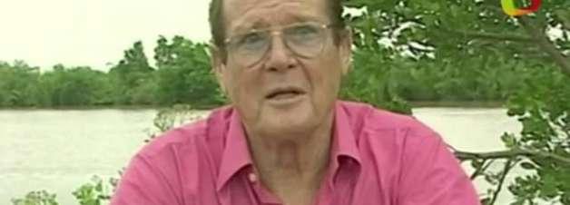Morre Roger Moore, ator que interpretou James Bond