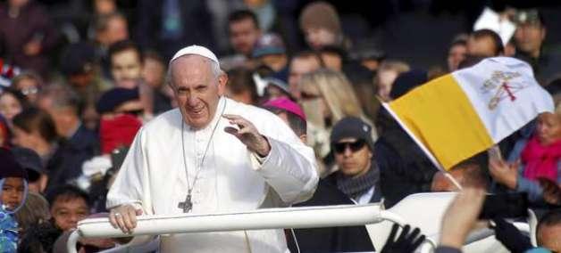 Papa culpa escândalos na Igreja por afastar jovens