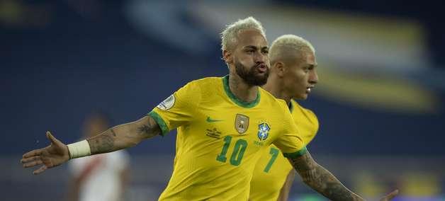 Neymar recorda dificuldades e chora: Passei por muita coisa