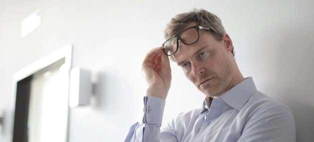 Estresse deixa o cabelo grisalho, mas pode ser revertido