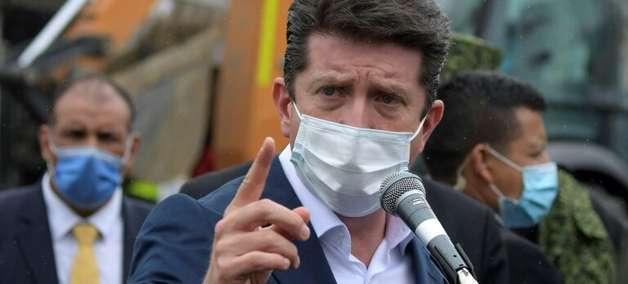 """Colômbia propõe """"diálogo"""" com o Panamá para aliviar crise migratória na fronteira"""