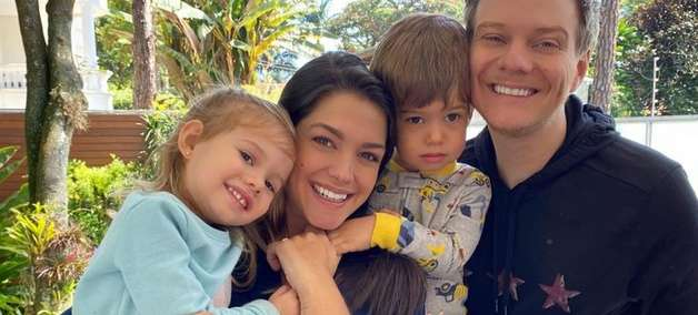Filha de Michel Teló faz aniversário e cantor homenageia: 'Milagre divino'