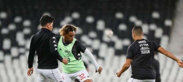 Diante do Vitória, Vasco terá um retorno e nenhum jogador suspenso; confira a lista de pendurados