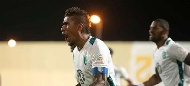 Livre no mercado, Paulinho já conversa com o Corinthians