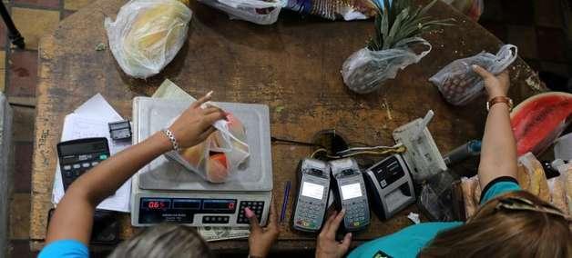 Venezuela cortará seis zeros da moeda em 2ª reestruturação