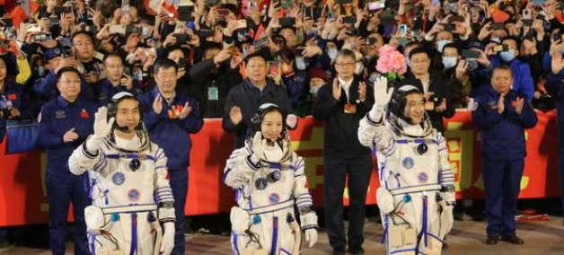China realiza missão tripulada para estação espacial