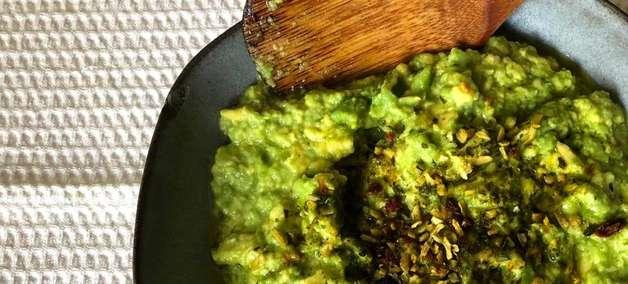 Dia dos Professores: Comemore com um guacamole de abacate leve e picante