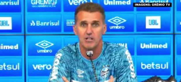 """GRÊMIO: Mancini garante saída 'justa e honesta' do América-MG para assumir o clube: """"Tudo foi feito de peito aberto e olho no olho"""""""