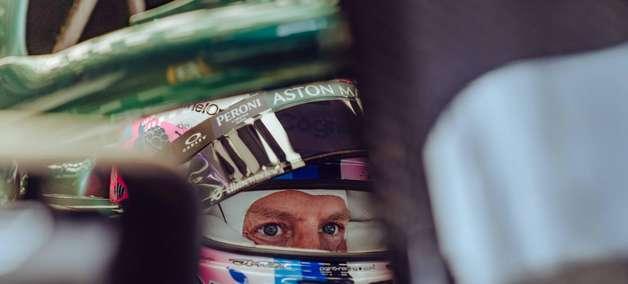 Com novo motor, Vettel larga do fundo do grid no GP dos EUA