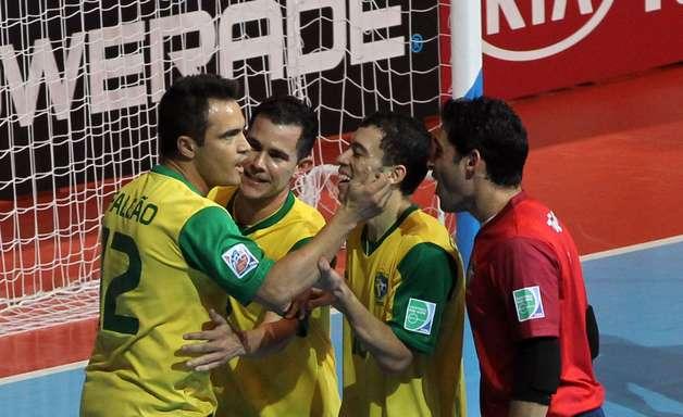 """""""Perto da façanha"""", argentinos lamentam virada do Brasil no futsal"""
