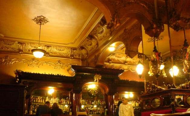 Bar na Cidade do México oferece 300 tipos de tequila