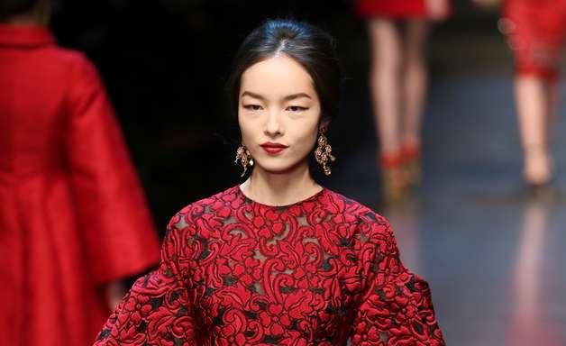 Dolce&Gabbana leva glamour à semana de moda de Milão