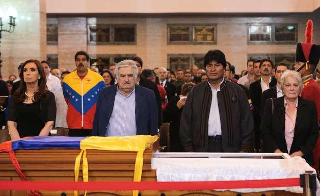 Chavismo vai permanecer na Venezuela como peronismo, diz Mujica