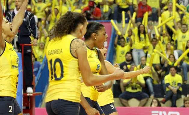 Grand Prix: meninas do Brasil sofrem, mas vencem Rússia no tie-break