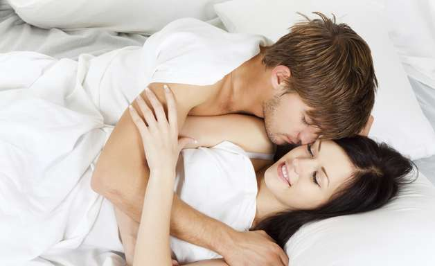 Jovens acreditam que anticoncepcional evita DSTs, diz pesquisa