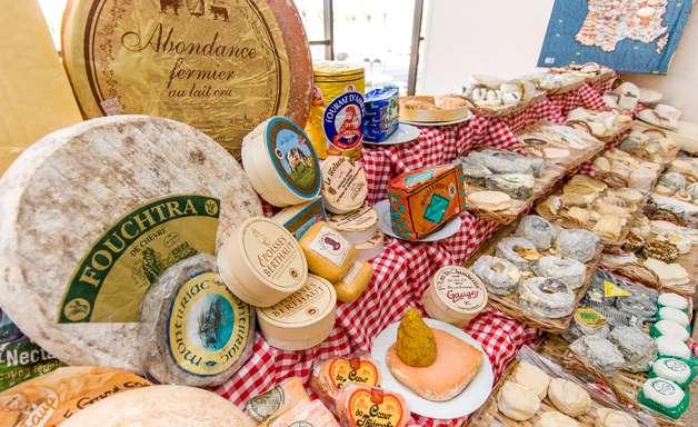 No Brasil, formagier Gerard Poulard diz que é impossível escolher melhor queijo