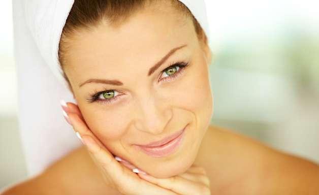 Dicas deixam pele lisa e recuperada após a depilação facial