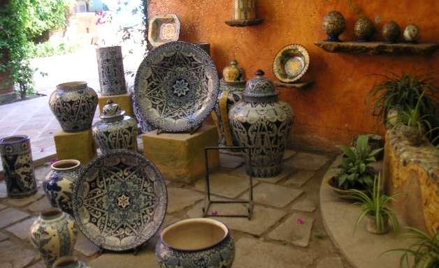 Em Puebla, técnica colonial criou cerâmica única no mundo