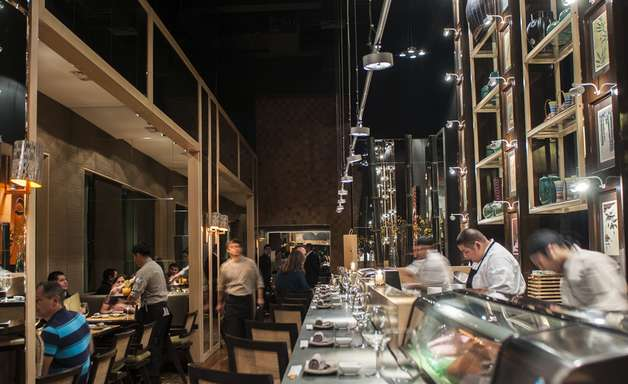 Restaurante top em Santiago une culinárias de Ásia e Peru